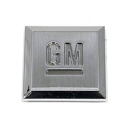 "GM - GM Mark of Excellence ""GM"" Badge"