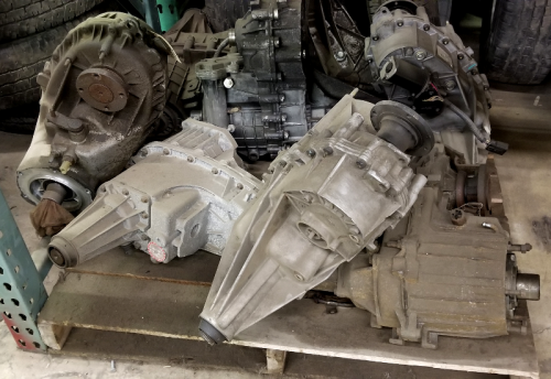 GM - 261 & 263 Transfer Cases complete - USED