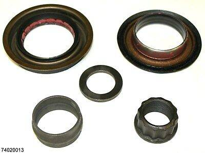 American Axle Manufacturing - AAM 74020013 14 Bolt 11.5 AAM Rear Axle Pinion Seal Kit